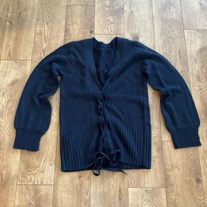 Crossed back navy sweater